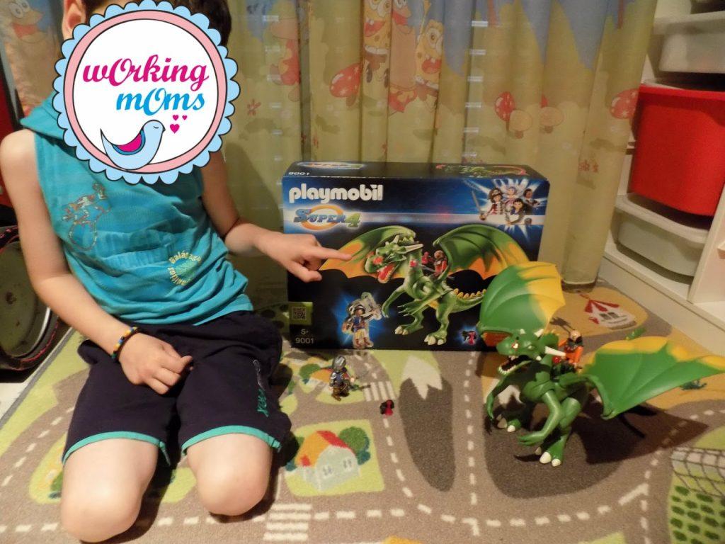 Ο Δράκος της νέας σειράς Super 4 της Playmobil ξετρέλανε τον Κωνσταντίνο μου