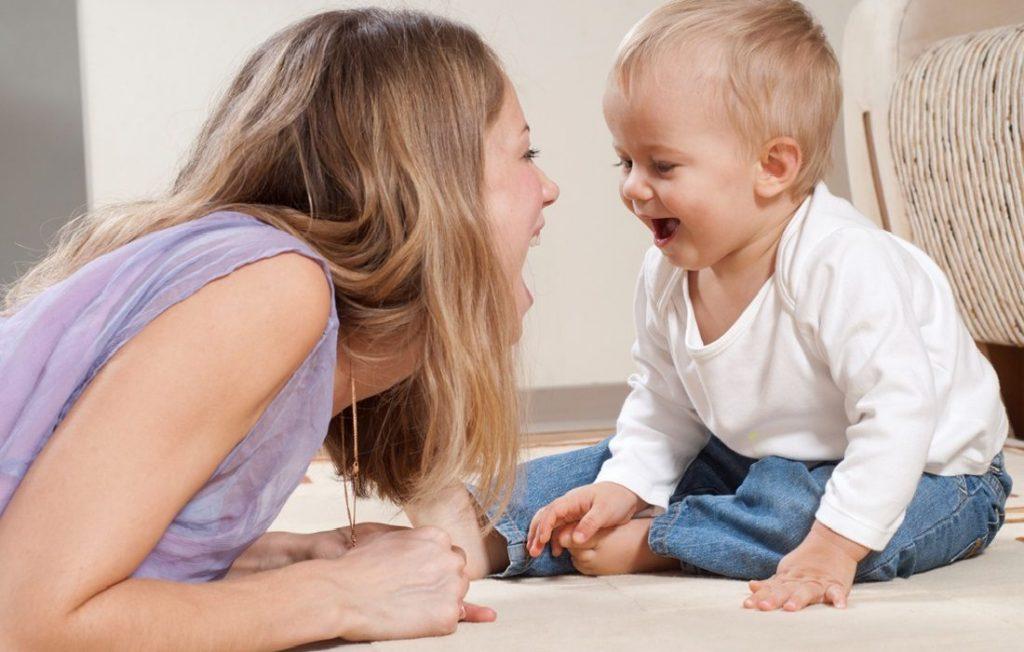 Αναπτυξιακά στάδια επικοινωνίας στη βρεφική και παιδική ηλικία
