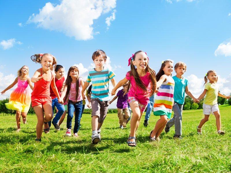 Οι 10 συνήθειες των γονιών που χτίζουν ευτυχισμένα και διανοητικά ισχυρά παιδιά