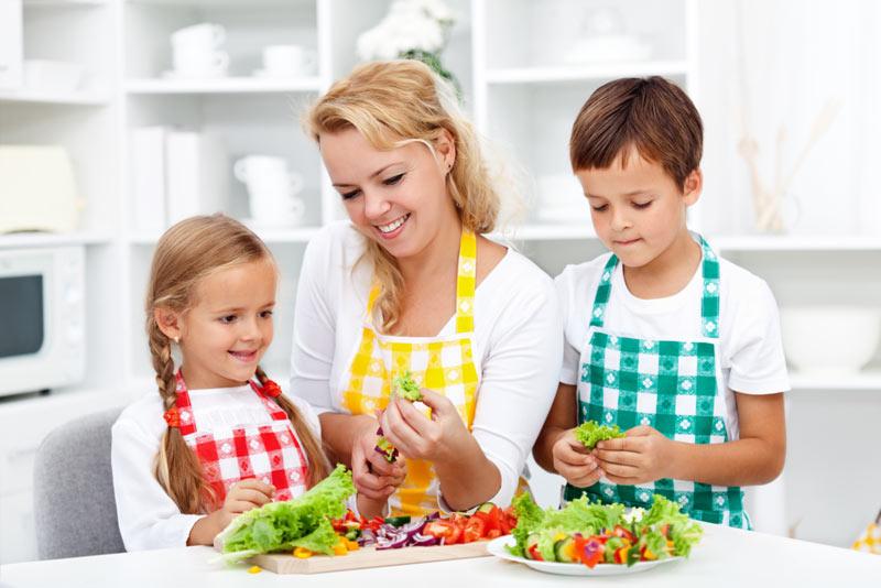 Η διατροφολόγος μας απαντά στις πιο συχνές ερωτήσεις διατροφής που αφορούν μαμάδες και παιδιά