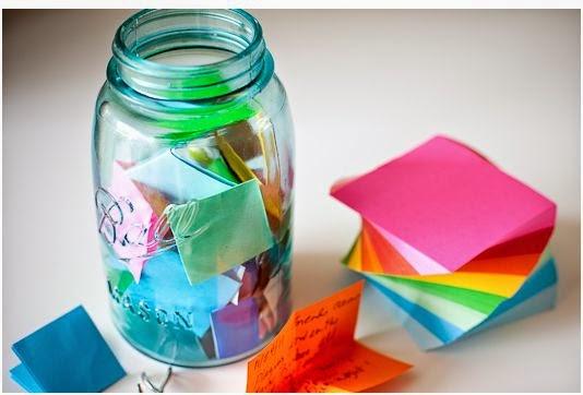 Ιστορίες με ένα βάζο. Δραστηριότητα για την ανάπτυξη του λεξιλογίου και της δημιουργικής σκέψης!