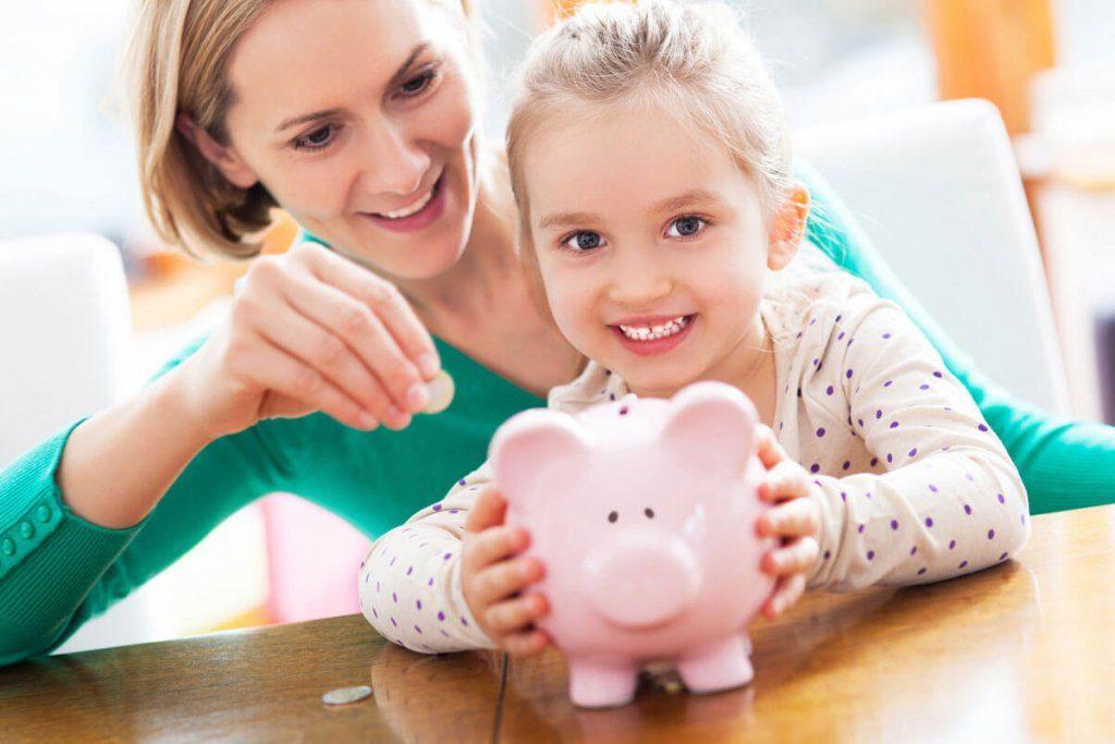 Πως μπορούμε να μάθουμε στα παιδιά τα χρήματα;