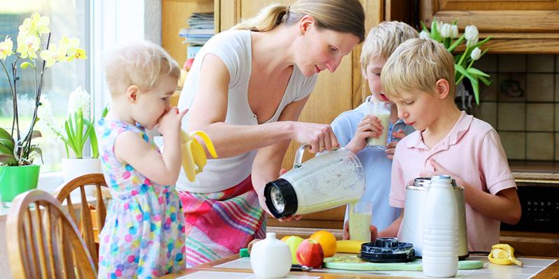 «Μαμά, πεινάω!». Ιδέες υγιεινών σνακ για τα παιδιά μας