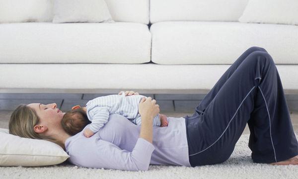 Πώς θα χάσεις κιλά μετά τη γέννα είτε θηλάζεις είτε όχι; + Δωρεάν πρόγραμμα διατροφής