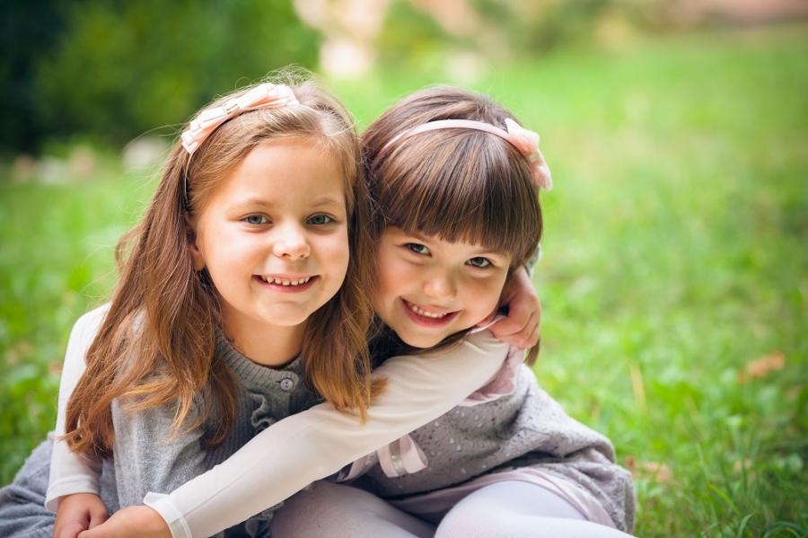 Τα παιδιά πρέπει να μάθουν μέσα από τις φιλίες που έχουν σε μικρή ηλικία, ότι δεν είναι όλα ρόδινα