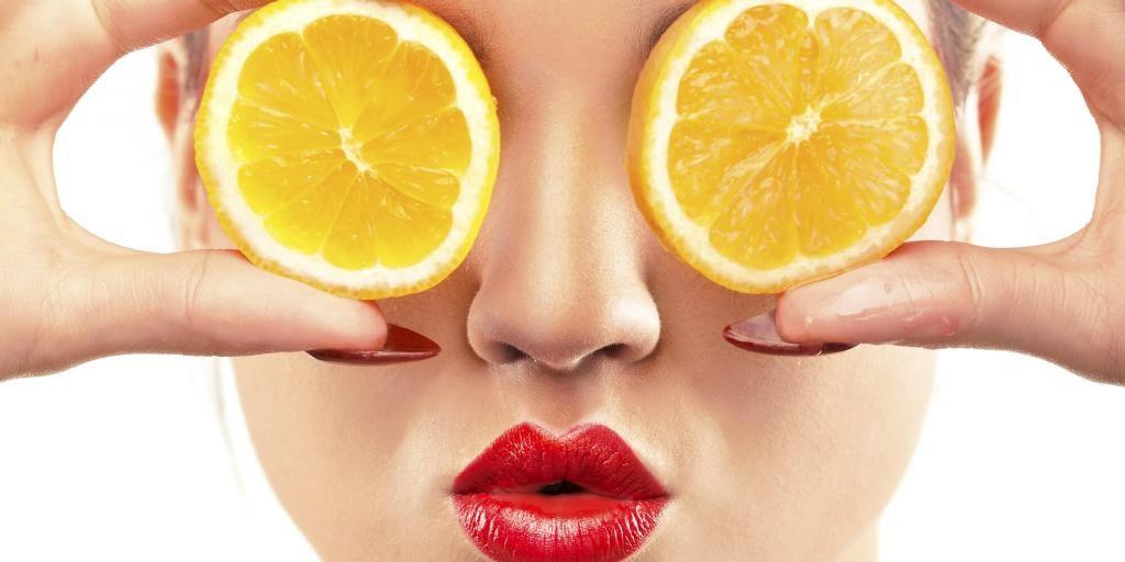 Φτιάξτε μόνες σας μάσκα φωτεινότητας με Βιταμίνη C