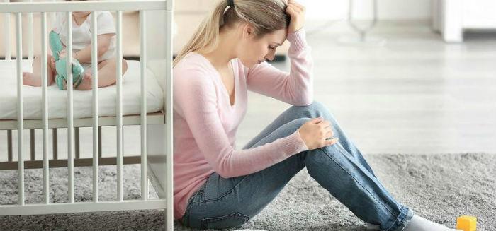 Μαμά θα υπάρξουν μέρες που το σώμα σου θα πονάει από την αϋπνία και θα αισθάνεσαι ανάξια…