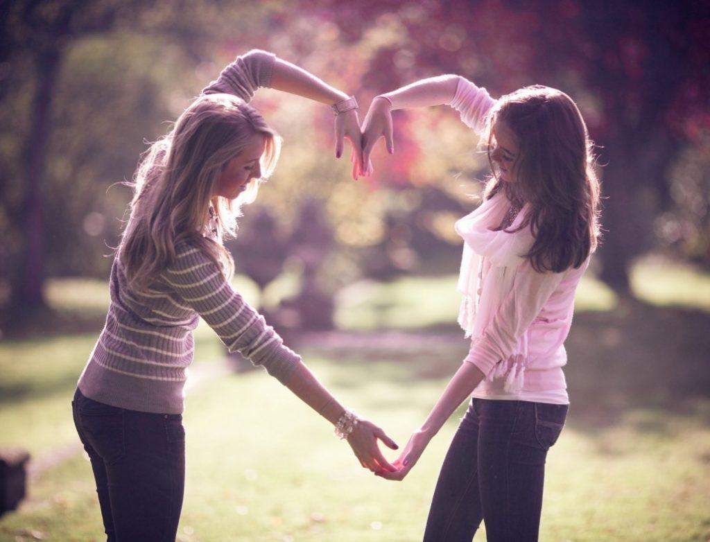 Οι αληθινοί φίλοι μας επισημαίνουν τα λάθη μας και μας βοηθούν να διορθωθούμε και να γίνουμε καλύτεροι