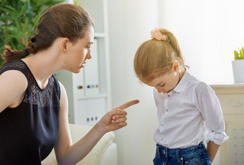 Μην κάνετε συνέχεια παρατηρήσεις στα παιδιά!