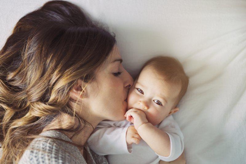Πόσο υπέροχο και ταυτόχρονα δύσκολο είναι να είσαι μαμά