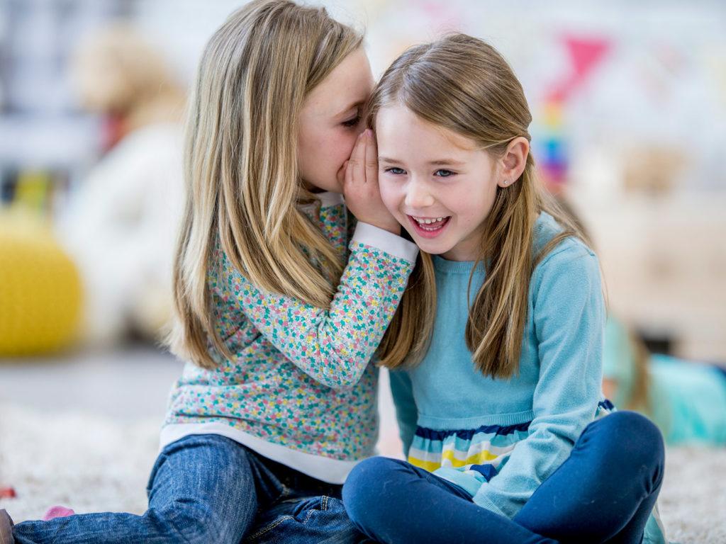 Πώς θα διατηρηθεί η παιδική φιλία στην εποχή του κορωνοϊού;
