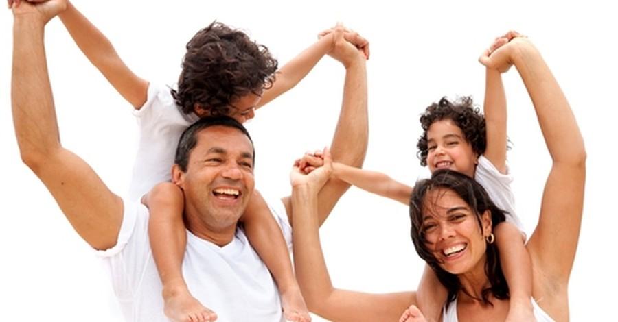Πώς μεγαλώνουν τα παιδιά ευτυχισμένα;
