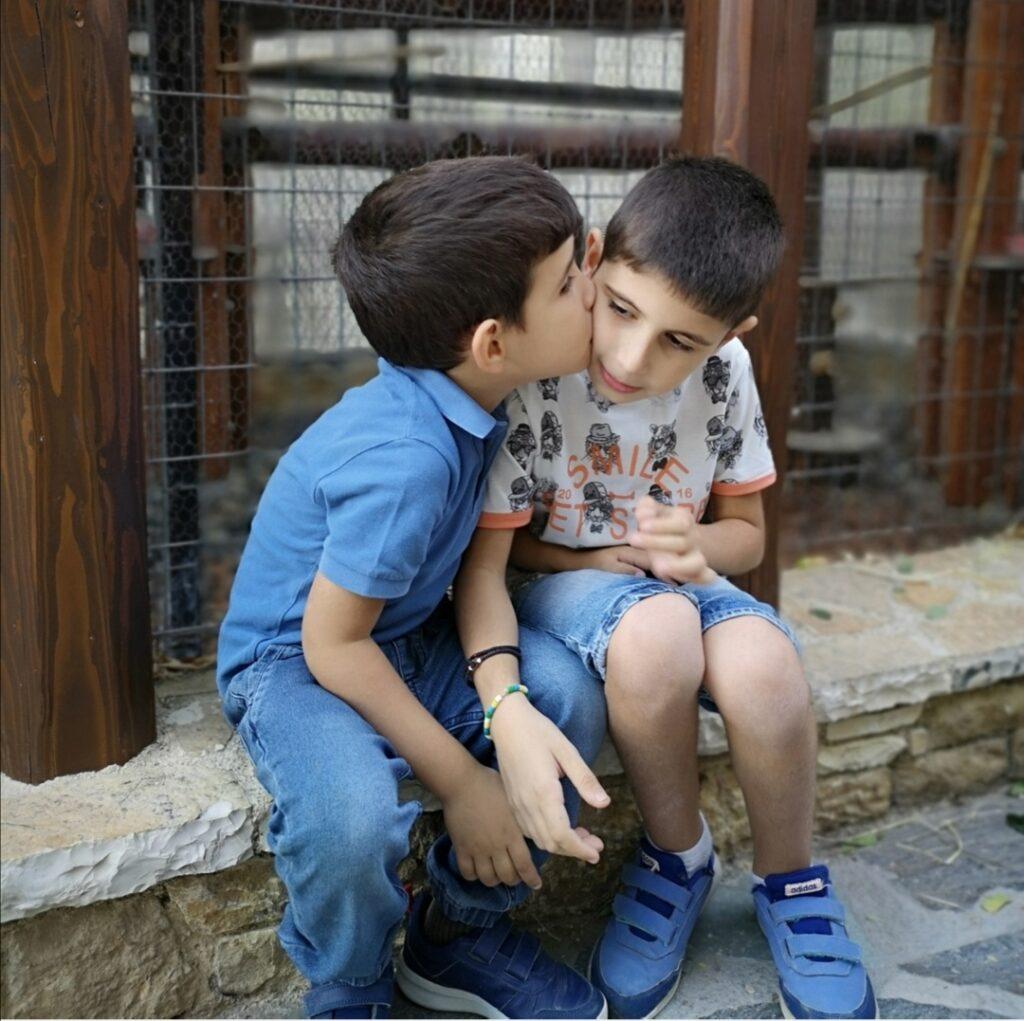 Τα παιδιά κουβαλάνε και τα δικά μας συναισθήματα