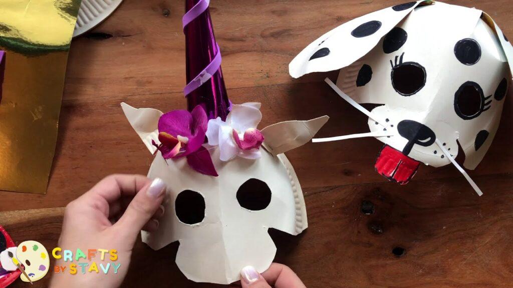Φτιάξτε μαζί με τα παιδιά σας αποκριάτικες μάσκες
