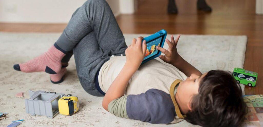 Όταν το παιδί δεν «ξεκολλάει» από το παιχνίδι. Τι δηλώνει η εμμονή;
