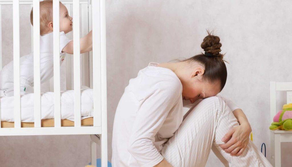 Μια μαμά με επιλόχεια κατάθλιψη εξομολογείται